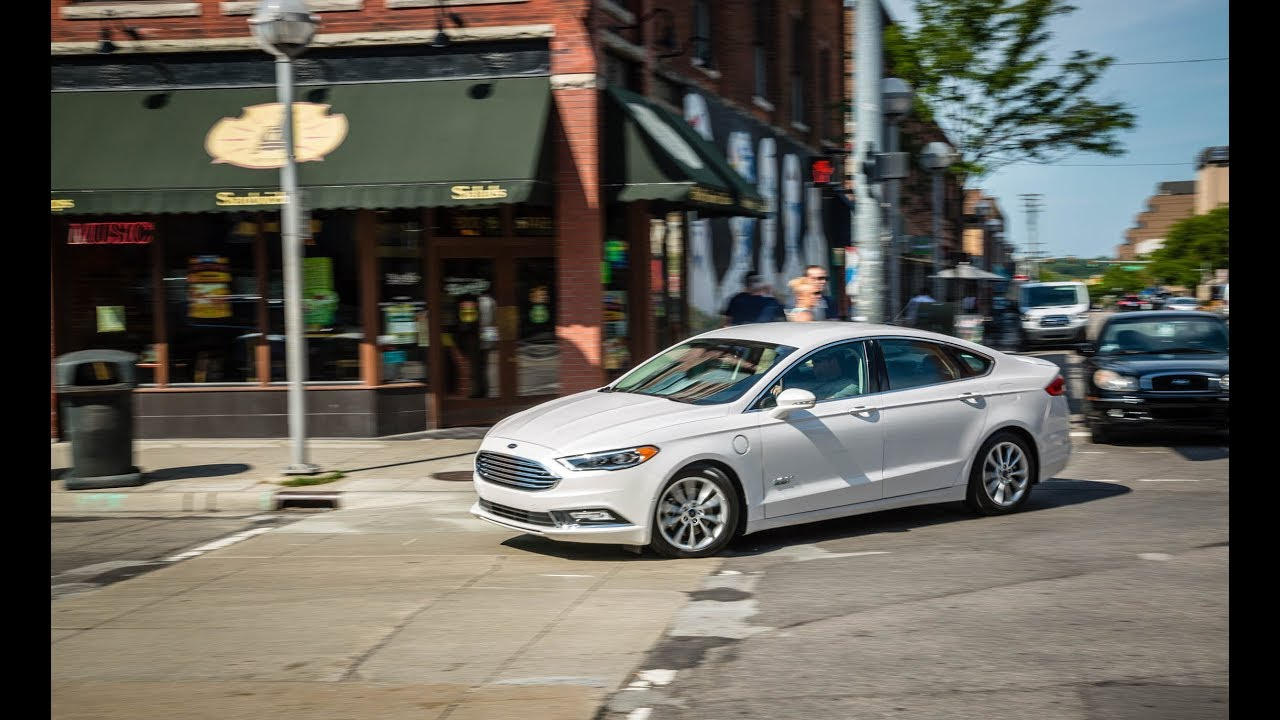 2017 ford fusion energi review
