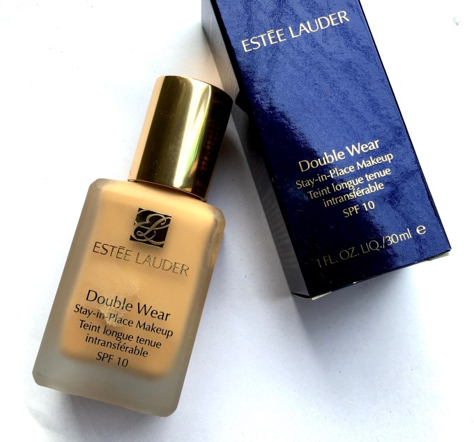 estee lauder double wear light stay in place foundation review
