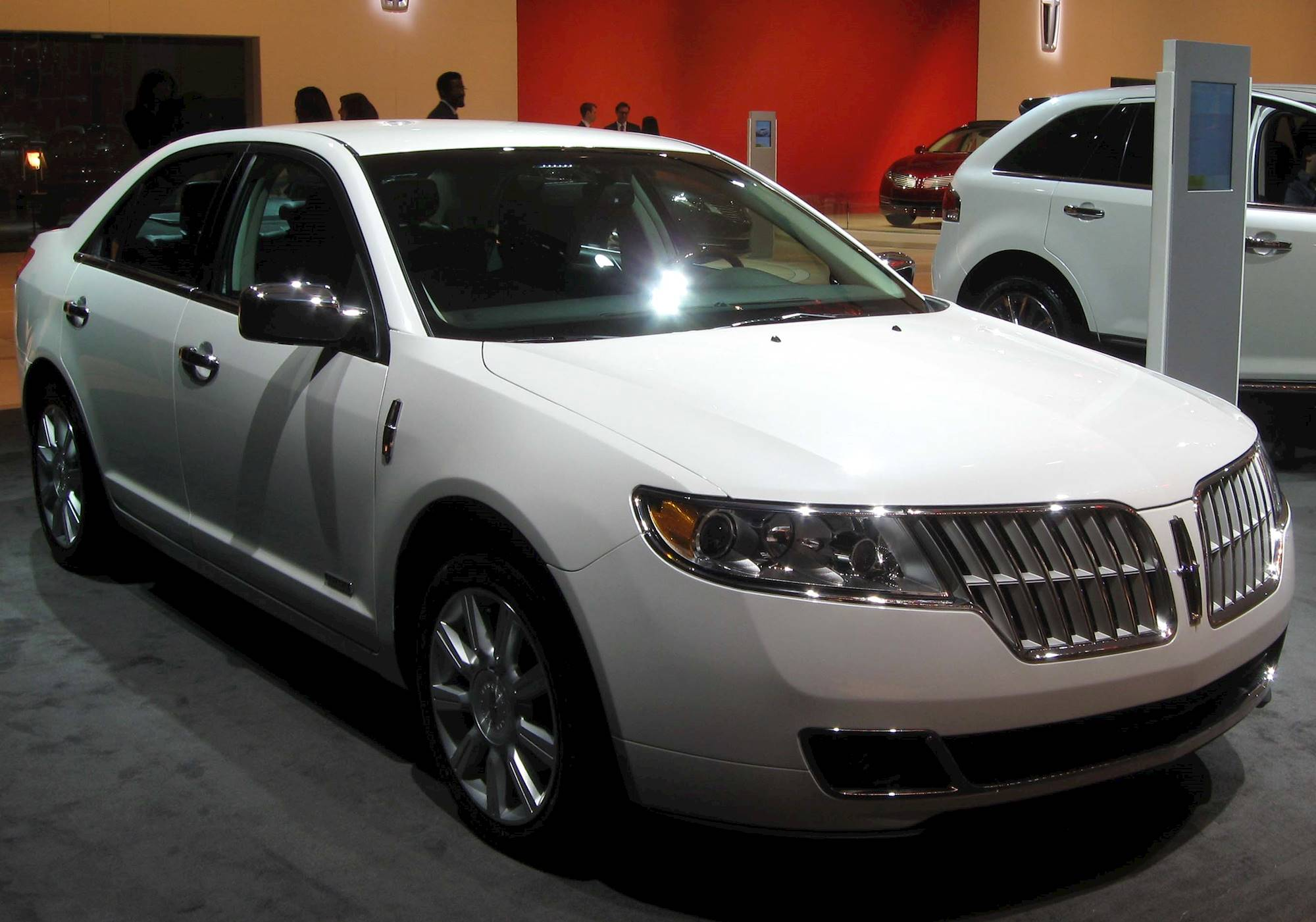 2012 lincoln mkz hybrid review