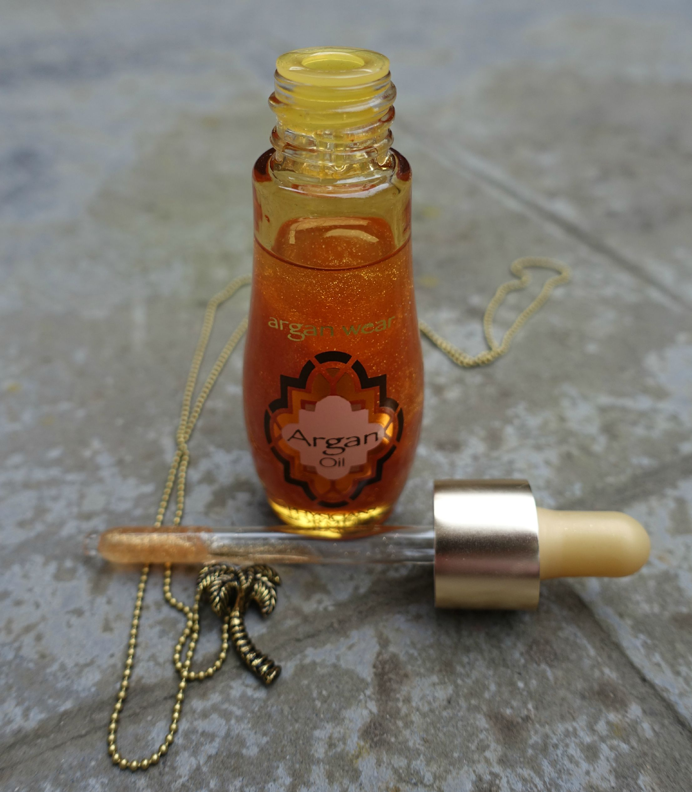 physicians formula argan oil touch of gold review