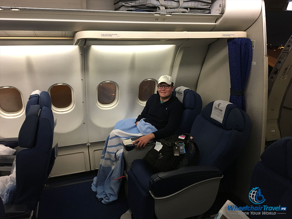 egypt airlines business class reviews