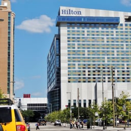 embassy suites houston downtown reviews