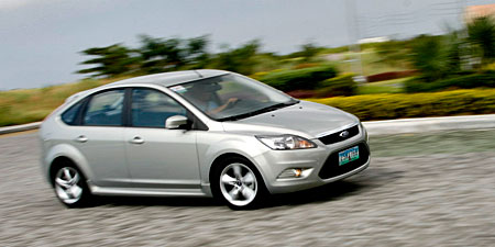 ford focus 2.0 review